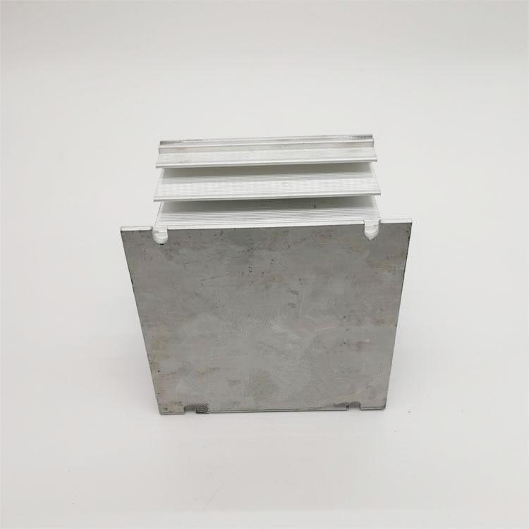 铝型材加工  恒温器电源散热器 五金冲压加工